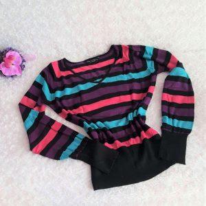 farebny pulover