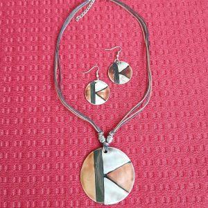 náhrdelnik s nausnicami